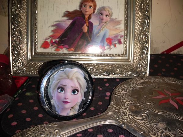 Picture hand held mirror and pocket mirror