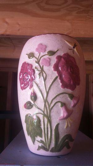 Beautiful Floral Designed Vase for Sale in Hampton, VA
