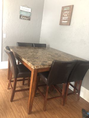 Table and chairs for Sale in Eclectic, AL