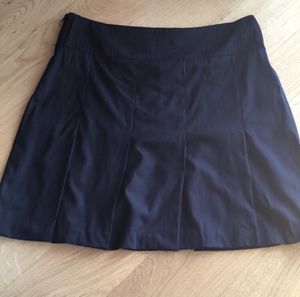 Burberry pleated skirt for Sale in Manassas Park, VA