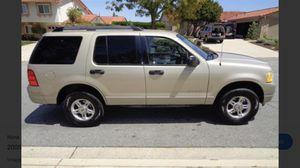 5,000 Ford Explorer 2005 v8 4x4 for Sale in Carlsbad, CA