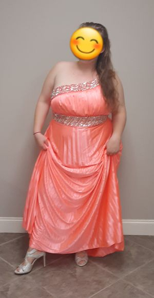Prom dress sz 18 for Sale in Belle Chasse, LA