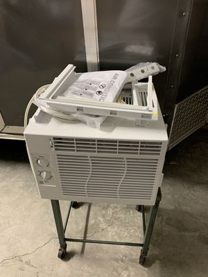 New GE Window AC never used 5,000btu air conditioner for Sale in Miramar, FL