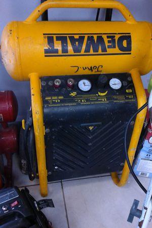 Air compressor Dewalt D55146 for Sale in Orlando, FL
