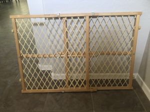 Evenflo pet gate child gate 26-42 for Sale in Gilbert, AZ