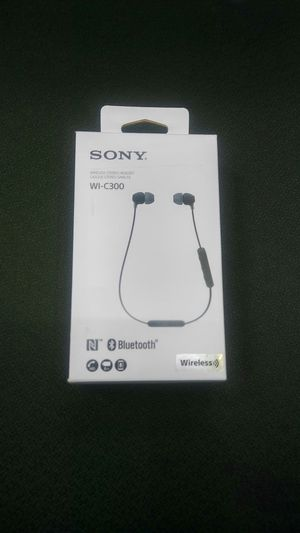 Sony Bluetooth Headphones WI-C300 for Sale in Smyrna, TN