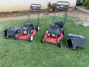Toro commercial lawn mower for Sale in Sanger, CA