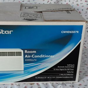 Goldstar Window AC Unit for Sale in Orlando, FL