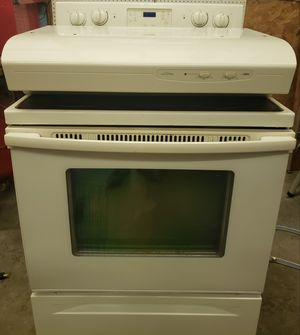 Whirlpool Electric Range for Sale in Jetersville, VA