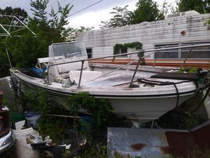 Boat in pic. Is not the boat for Sale in Orlando, FL