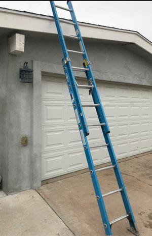 16 ft fiberglass extension ladder for Sale in Phoenix, AZ