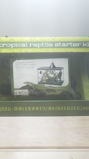 Tropical Reptile Starter Kit for Sale in Lynchburg, VA