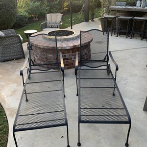 Outdoor Chaise Longe Chairs for Sale in Vista, CA