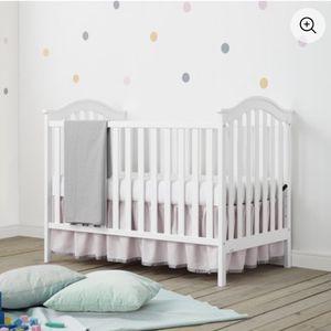 Baby Relax Adelyn 2-in-1 Convertible Crib, White for Sale in Pennsauken Township, NJ