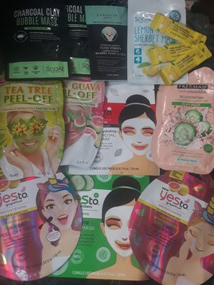 AMAZING 32 facial cleanser masks DEAL!! FACE CARE BUNDLE!! for Sale in Lodi, CA