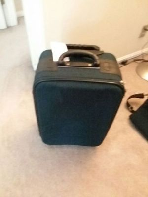 Luggage suitcase for Sale in Fort Washington, MD