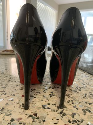 Authentic Christian Louboutin Shiny Black Pump Heels (36) for Sale in Lewisville, TX