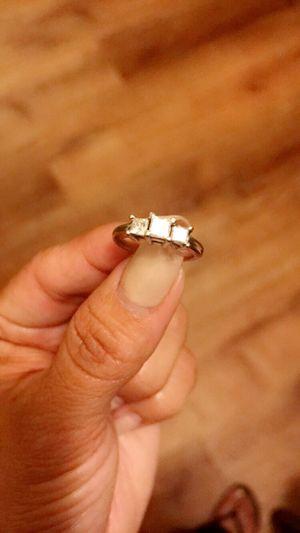 18k platinum 3 diamond princess cut ring. for Sale in Los Angeles, CA