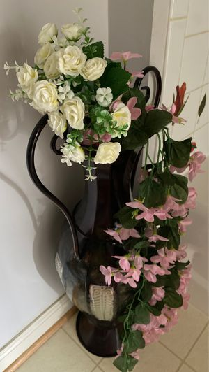 Floor vase with flowers for Sale in Herndon, VA