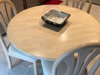 Dining table Solid wood with chairs set for Sale in Houston,  TX