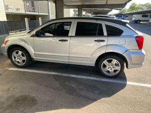 Dodge caliber 2008 2.0 SXT Does not want to turn on. Give me a offer. Clean title. No quiere encender. Deme una oferta. Título limpio for Sale in Phoenix, AZ