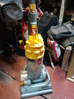 Dyson all floors for Sale in Tampa, FL