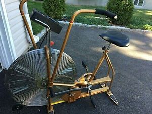 CrossFit dual action Schwinn airdyne exercise bike. Manual is included! Air dyne assault echo rogue xebex for Sale in Federal Way, WA