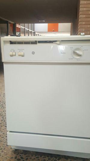 GE Dishwasher for Sale in Dallas, TX