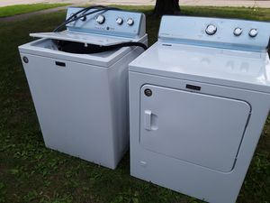 MAYTAG-high efficiency gas dryer and washer! for Sale in Elyria, OH