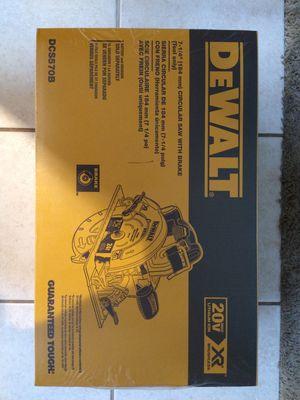 "BRAND NEW DEWALT 7 1/4"" Circular Saw with Brake for Sale in Matthews, NC"