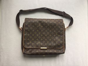 Louis Vuitton Abbesses monogram messenger bag for Sale in Downers Grove, IL