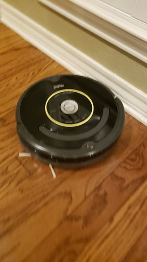 Robot rumba vacuum for Sale in Fort Worth, TX