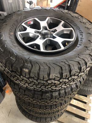 2020 Wrangler Rubicon take offs less then 40 miles on tires for Sale in Spring, TX