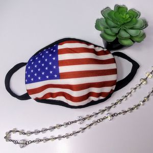 $5 - American Flag F@ce C0ver for Sale in Menifee, CA