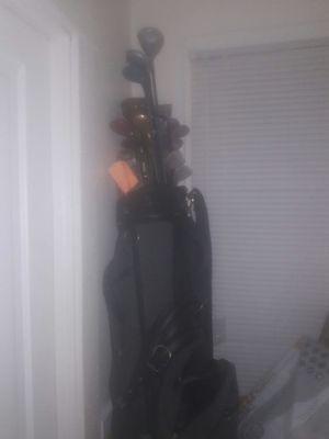 Golf clubs with golf bag for Sale in Cleveland, OH
