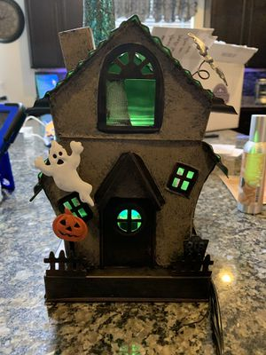 Manic mansion warmer scentsy for Sale in North Las Vegas, NV