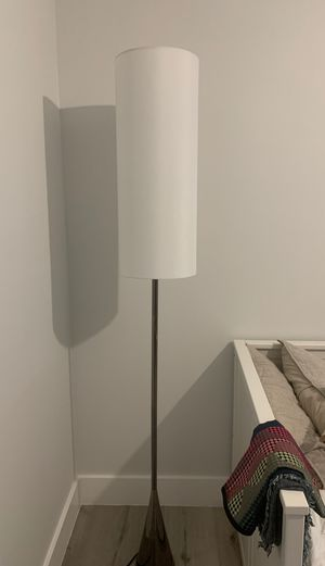 Free standing lamp for Sale in Miami, FL