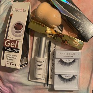 makeup bundle for Sale in Downey, CA