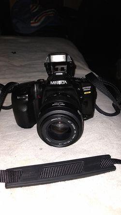 Minolta Maxxum 450si Auto-Focus 35mm Film Camera & 35-70 mm Zoom Lens for Sale in Vidalia,  GA