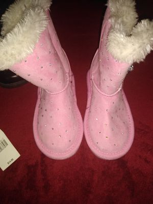New kids snow boots size 8 for Sale in Magna, UT