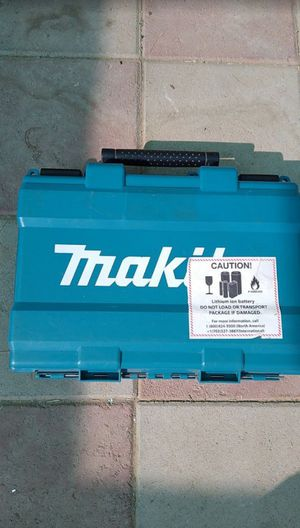 Makita charger and case for Sale in Las Vegas, NV
