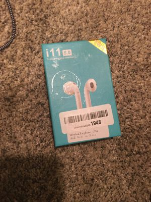 wireless headphones bluetooth air pods for Sale in Lebanon, TN