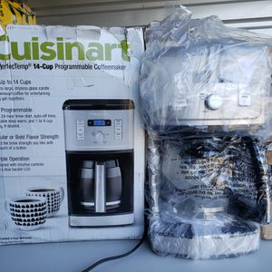 Cuisinart PerfecTemp 14-cup programmable coffee maker for Sale in San Diego, CA