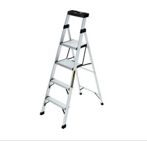 "Gorilla 8ft ladder ""super lightweight"" for Sale in Atlanta, GA"