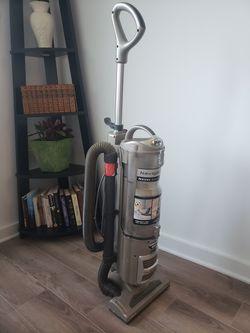 Working Shark Vacuum for Sale in Washington,  DC