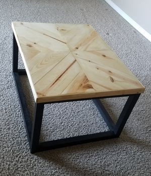 Side Table (Accepting Orders, Customizable Dimensions) for Sale in Lincoln, NE