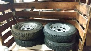 15 in 5 lug trailer tires for Sale in Buffalo, NY