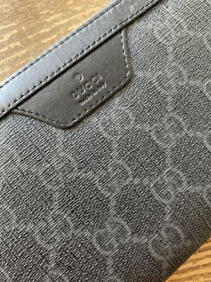 Gucci leather zip around wallet - black canvas supreme for Sale in San Diego, CA