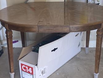 Antique Dining Table for Sale in Henderson,  NV