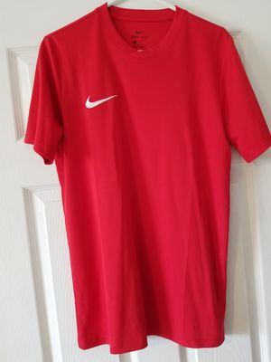 Medium Nike drifit for Sale in Orlando, FL